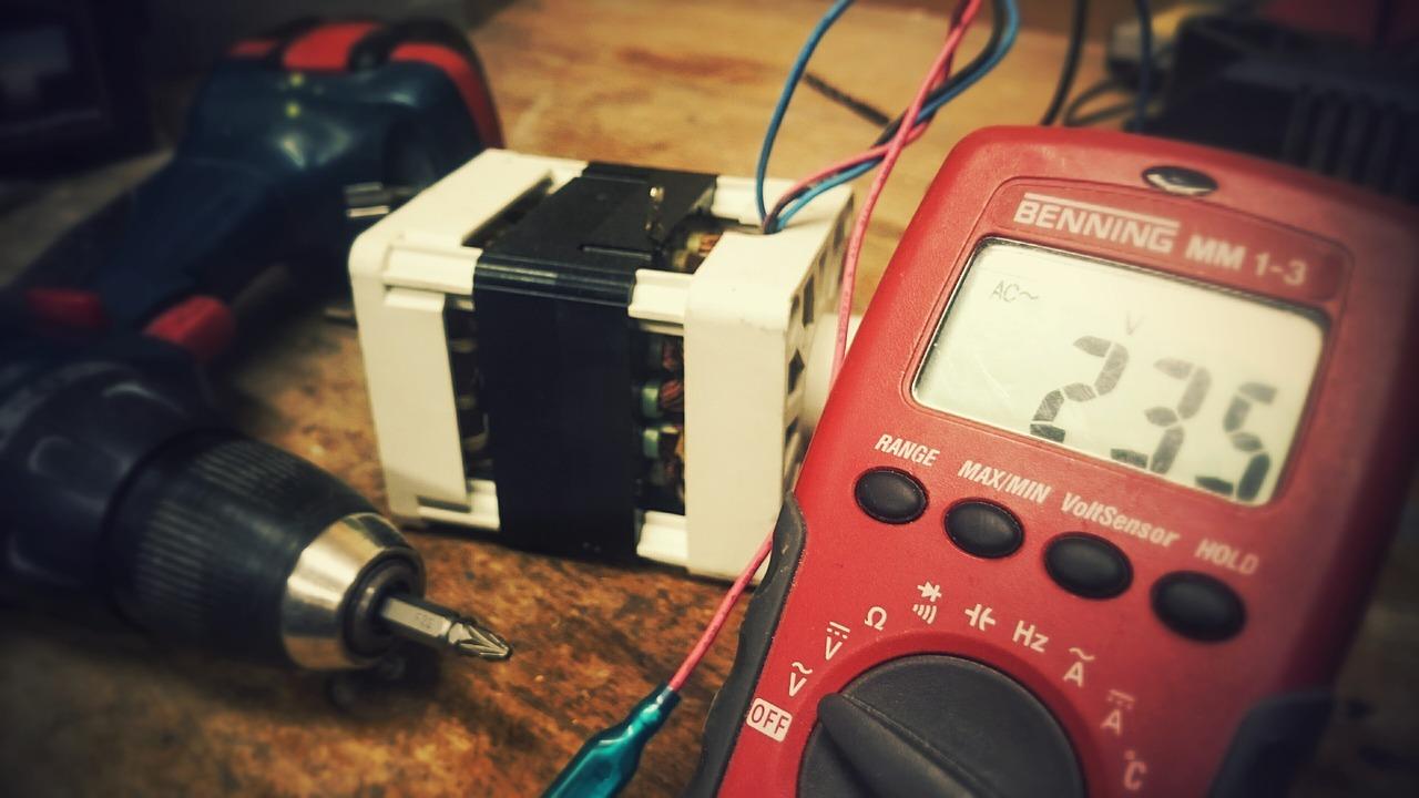 Best Multimeters Under 50 Buying Guide 2018 Maker Advisor Multimeter Car Wiring
