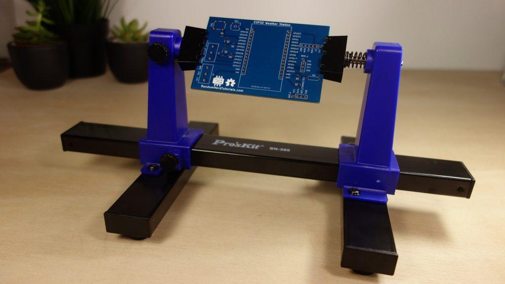 Best Adjustable Circuit Board Holder - PCB Clamp - Maker Advisor