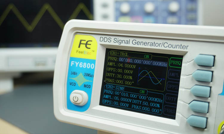 FY6800 2-Channel DDS Arbitrary Waveform Signal Generator Triangle Wave